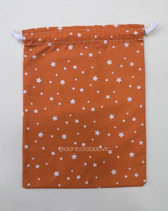 Estrellas  naranja 23 x 30